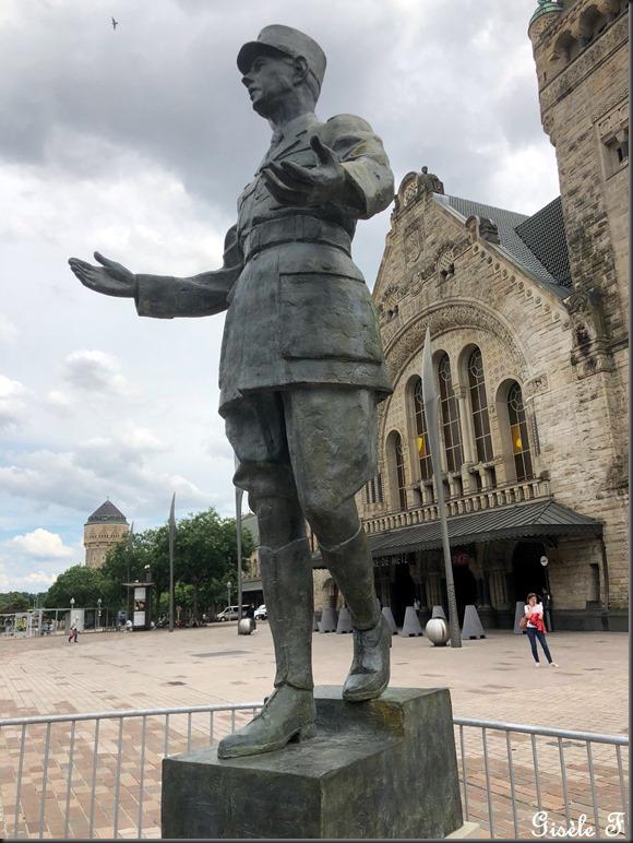 De Gaulle 4